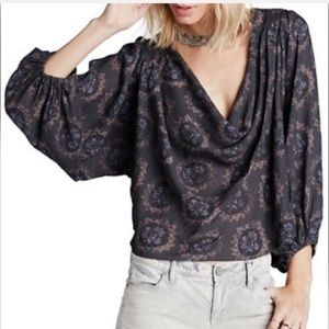 Free People Cowling Around Peasant Blouse Sz M